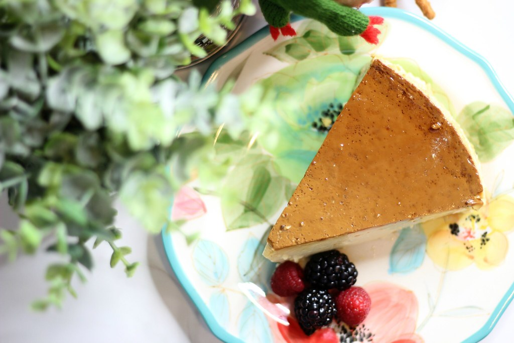 Easy and Delicious Flan with NESTLÉ® La Lechera #unidosconlalechera