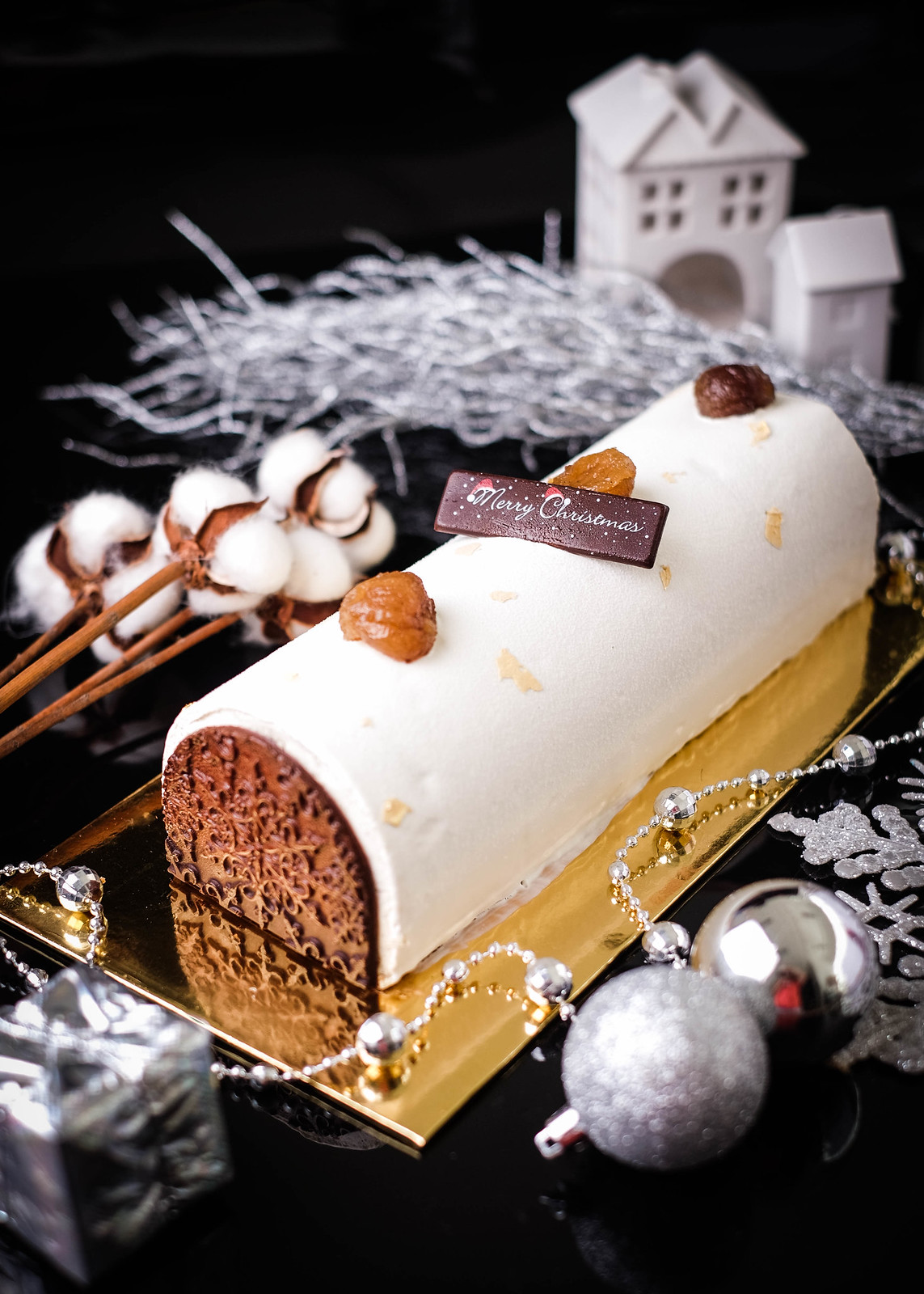 Christmas Log Cakes: The Fullerton Hotel