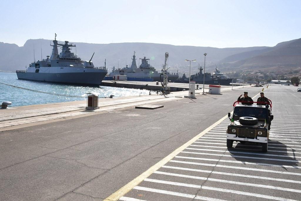صور الفرقاطات الجديدة  Meko A200 الجزائرية ( 910 ,  ... ) - صفحة 34 24983325248_d4ecfc1b86_b