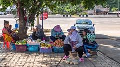 Vendedoras ambulantes en Mae Khachan Hot Spring, Chiang Rai, Tailandia