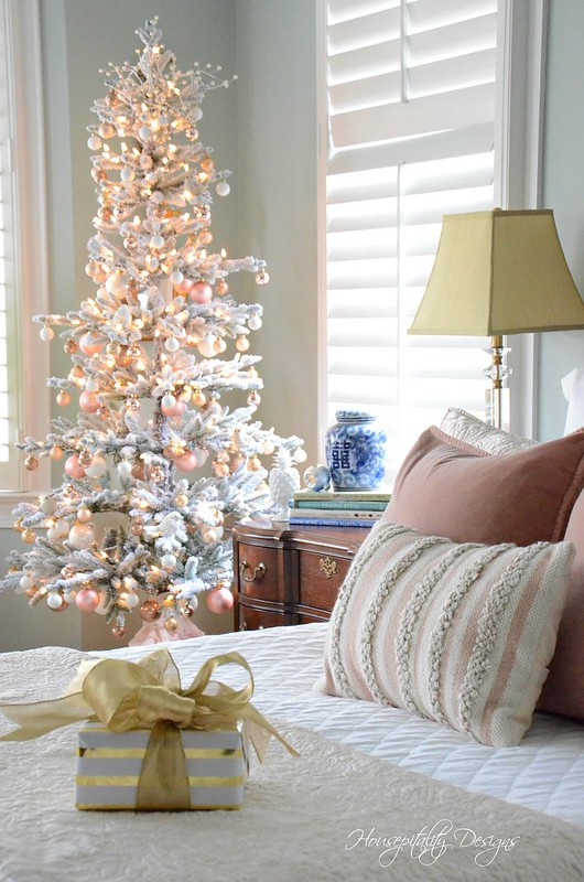 Christmas MasterBedroom-Housepitality Designs-8
