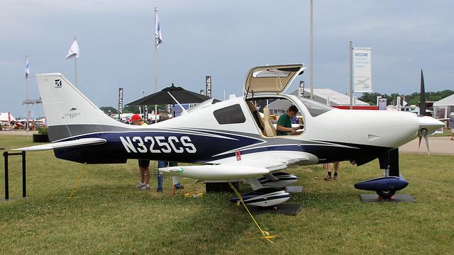 N325CS