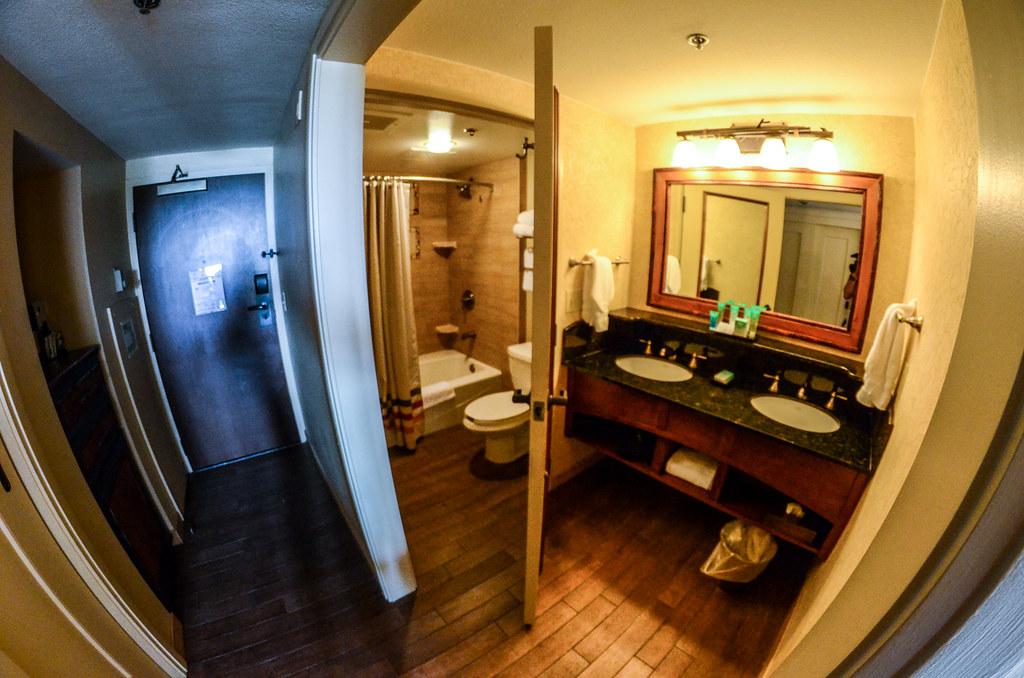 Wilderness Lodge bathroom