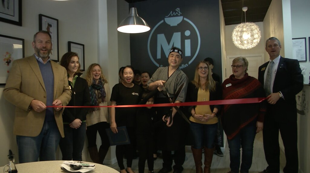 Mi Sushi & Noodles Hosts Grand Opening