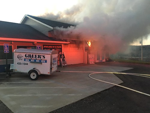 Greer's Beverage Structure Fire