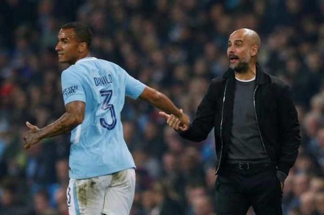 Danilo Pertimbangkan Karirnya di Manchester City