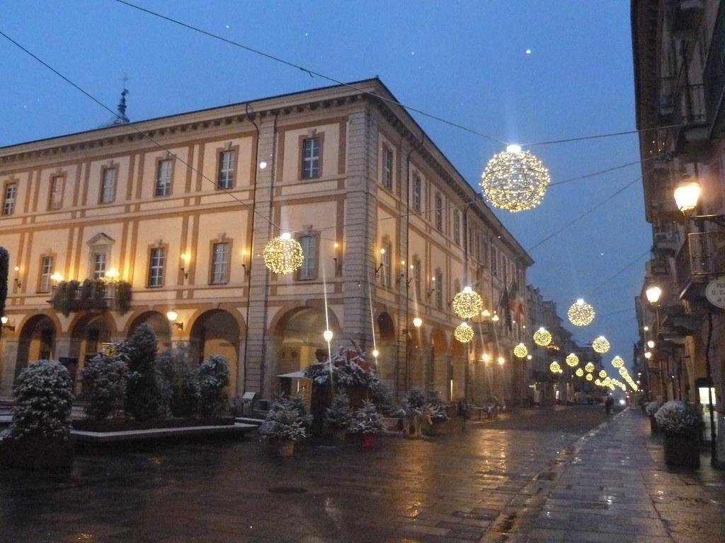 Cuneo, Piedmont - Via Roma e Municipio