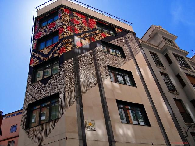 Calle de la Flor Baja. Madrid.