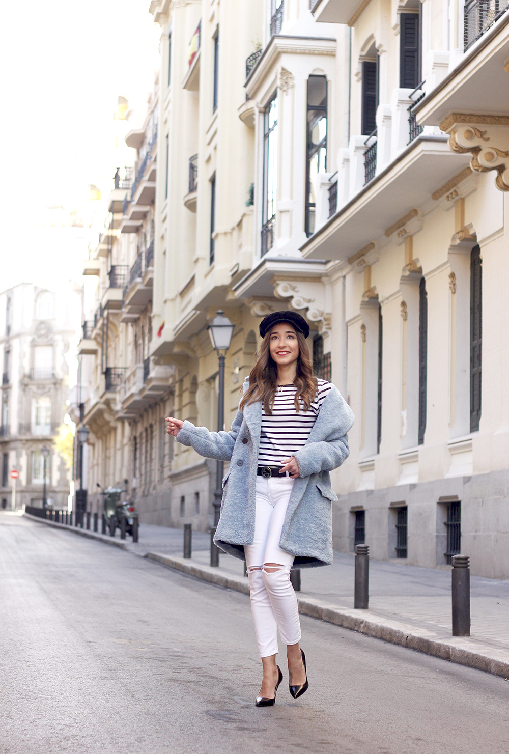 blue fur coat stripes white ripped jeans givenchy bag navy cap fall outfit street style04