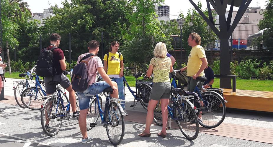 Bezienswaardigheden Belgrado: Novi Beograd op de fiets | Mooistestedentrips.nl