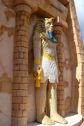 giant egyptian made of lego