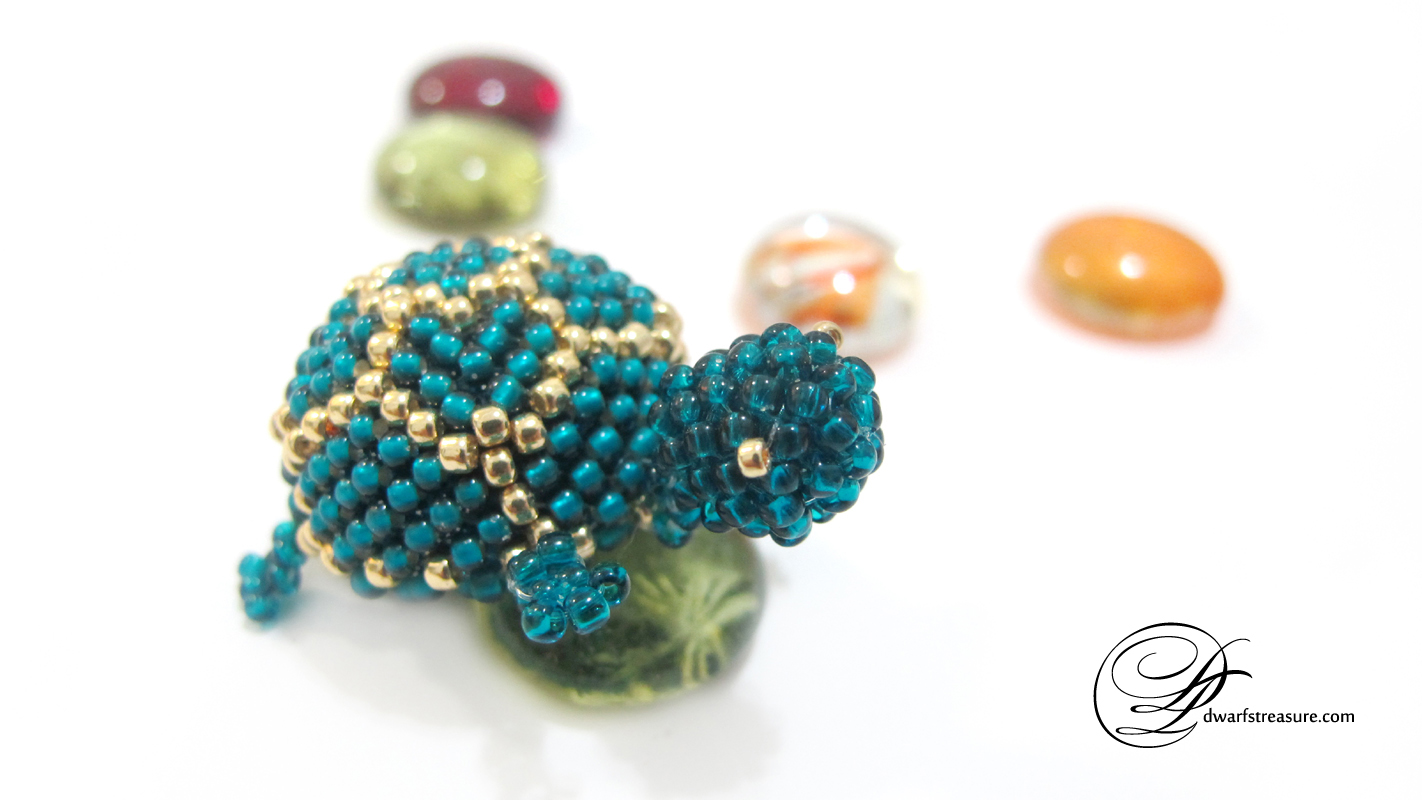 unique teal beaded turtle magnet