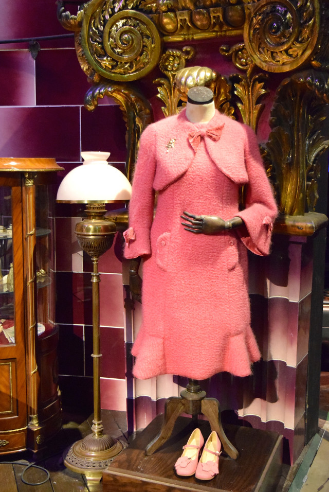 Umbridge's Outfit at the Harry Potter Studio Tour, London | #harrypotter www.rachelphipps.com @rachelphipps