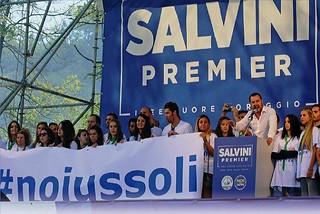 Noicattaro. Raccolta firme contro Ius Soli front