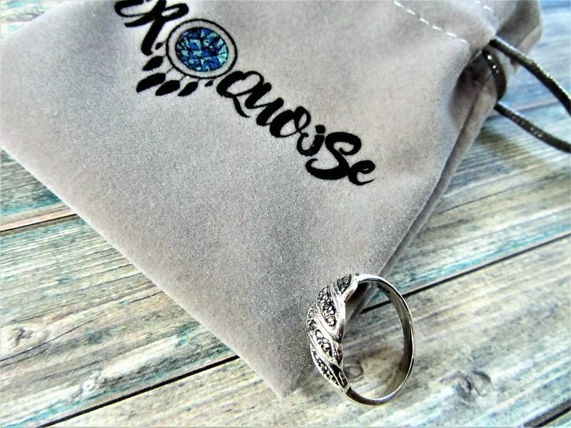 iroquoise- boutique- bijoux- vintages-1980-en- argent-et-pierres- fines-bague-thecityandbeautywordpress.com-blog-mode-femme-IMG_8905 (3)