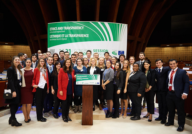 Participation of youth delegates in the 31st Congress session
