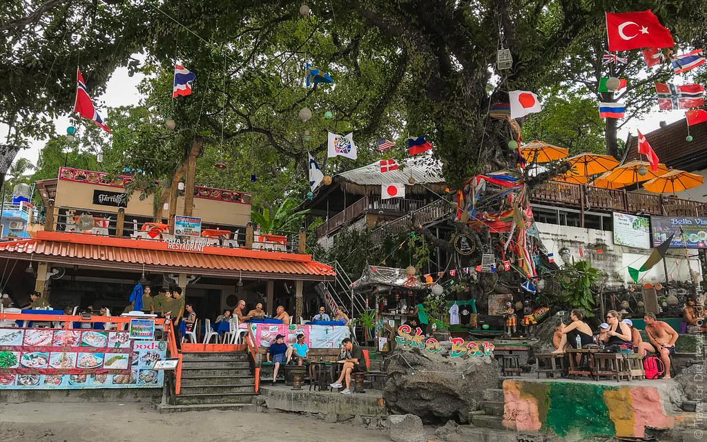 december.2017-Kata-Beach-Phuket-iphone-2487