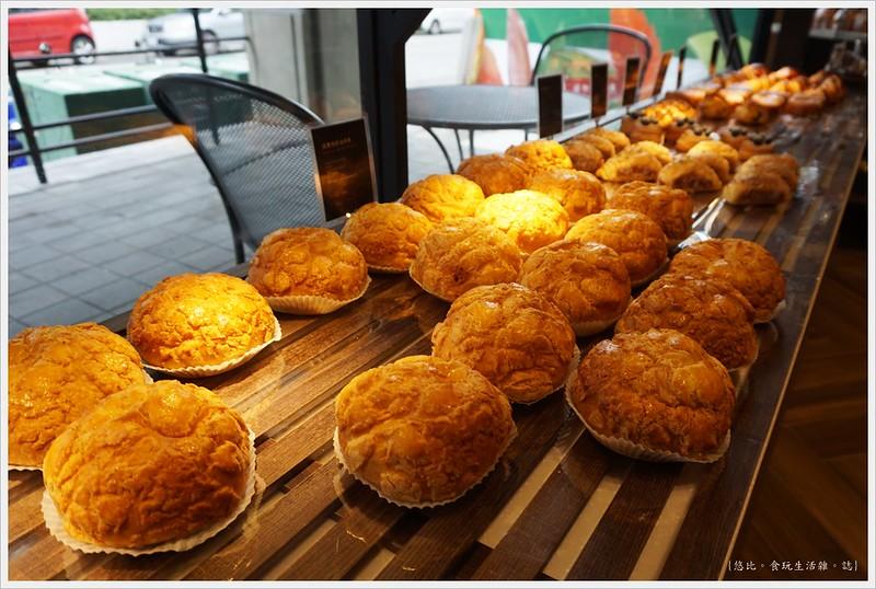 卡啡那CAFFAINA 大墩店-25-麵包區