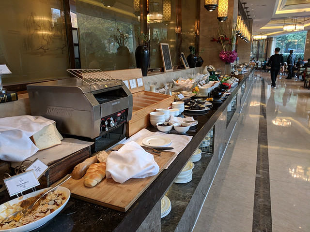breakfast buffet @ Sofitel