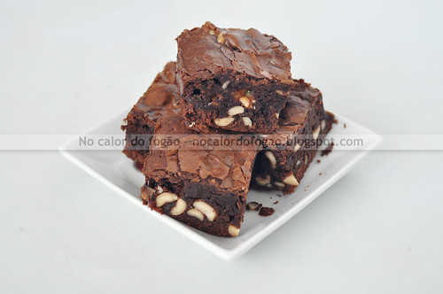 Brownies com snickers e amendoim