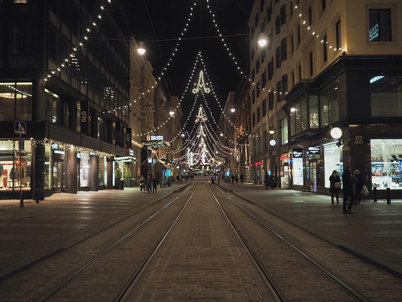 Helsingin kadut jouluvalot