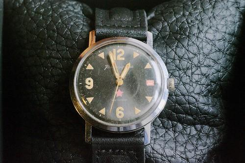 Quels mouvements de montres russes possèdent un stop seconde ? 26437055859_e3261f08da