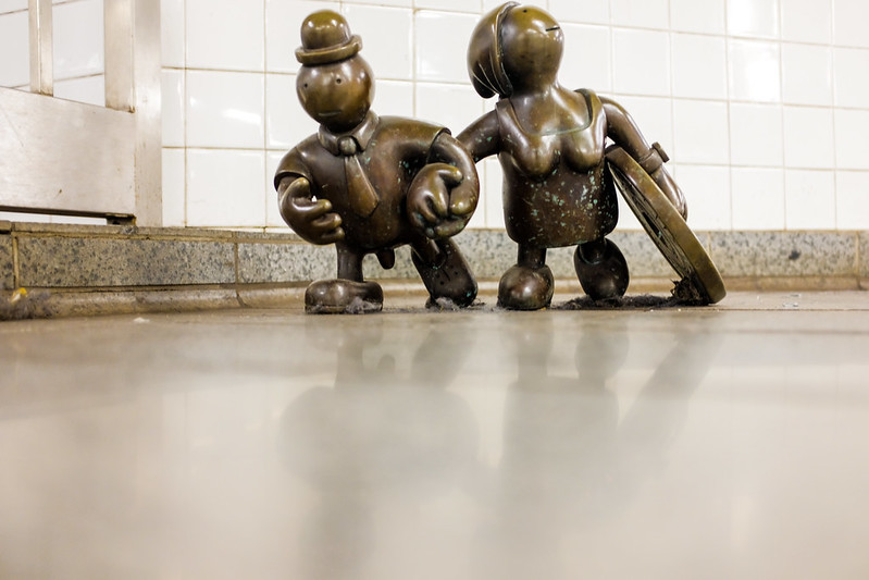 Walk In New York - NYC 2017 - Tom Otterness -Life Underground - 14th Street Eighth Avenue (2)
