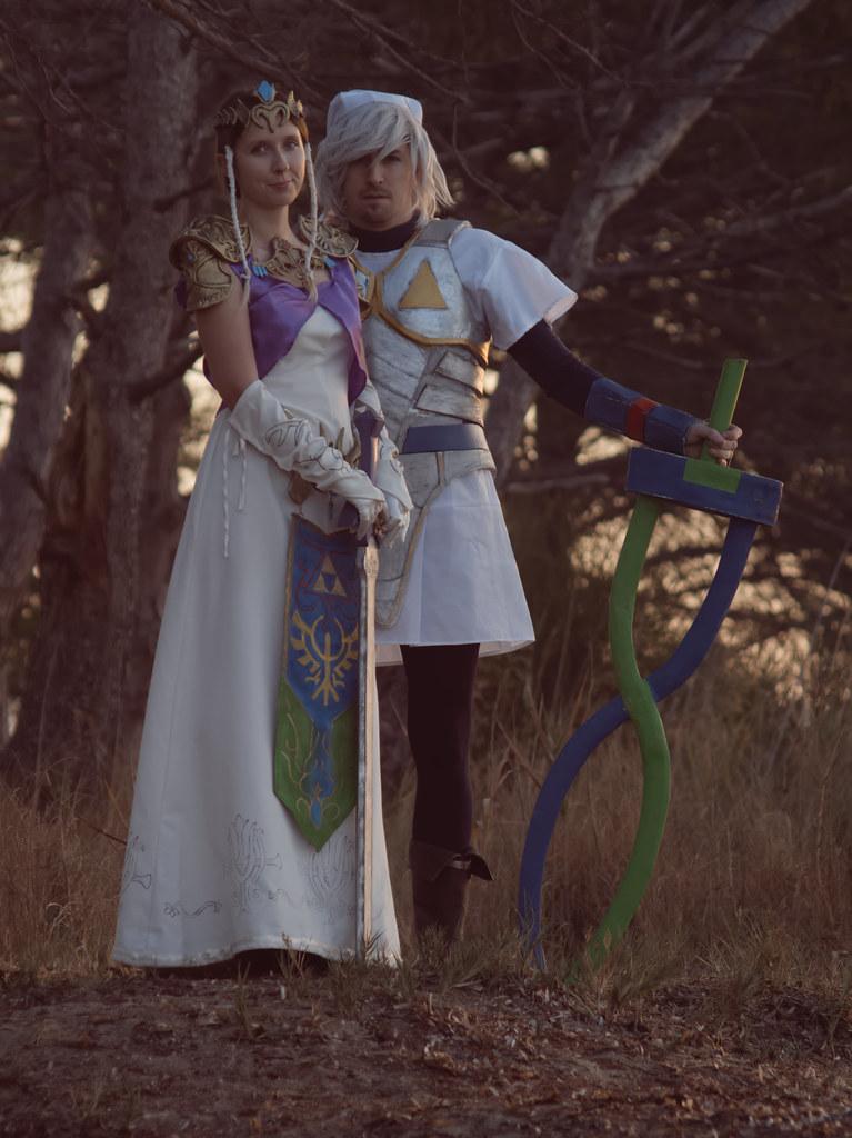 related image - Shooting Zelda & Link -2017-10-21- P1099619