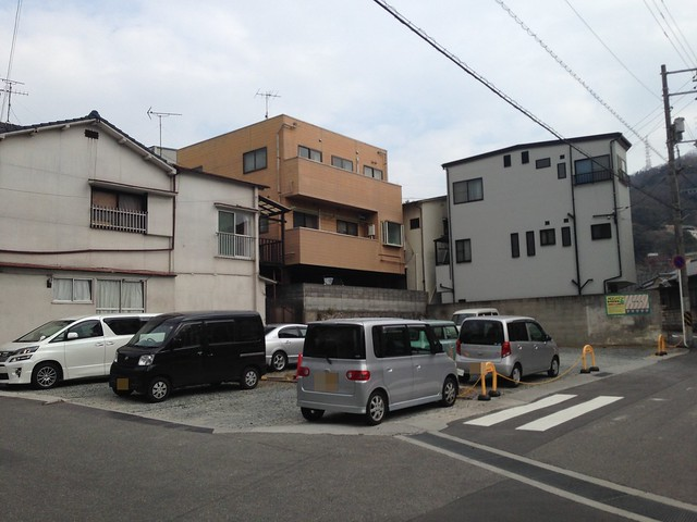 hiroshima-kure-melonpan-parking-01