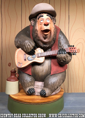 2005Disneyland 50th Big Al Big Fig - Country Bear Collector Show #123