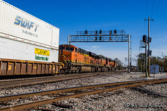 BNSF 7805 | GE ES44DC | BNSF Thayer South