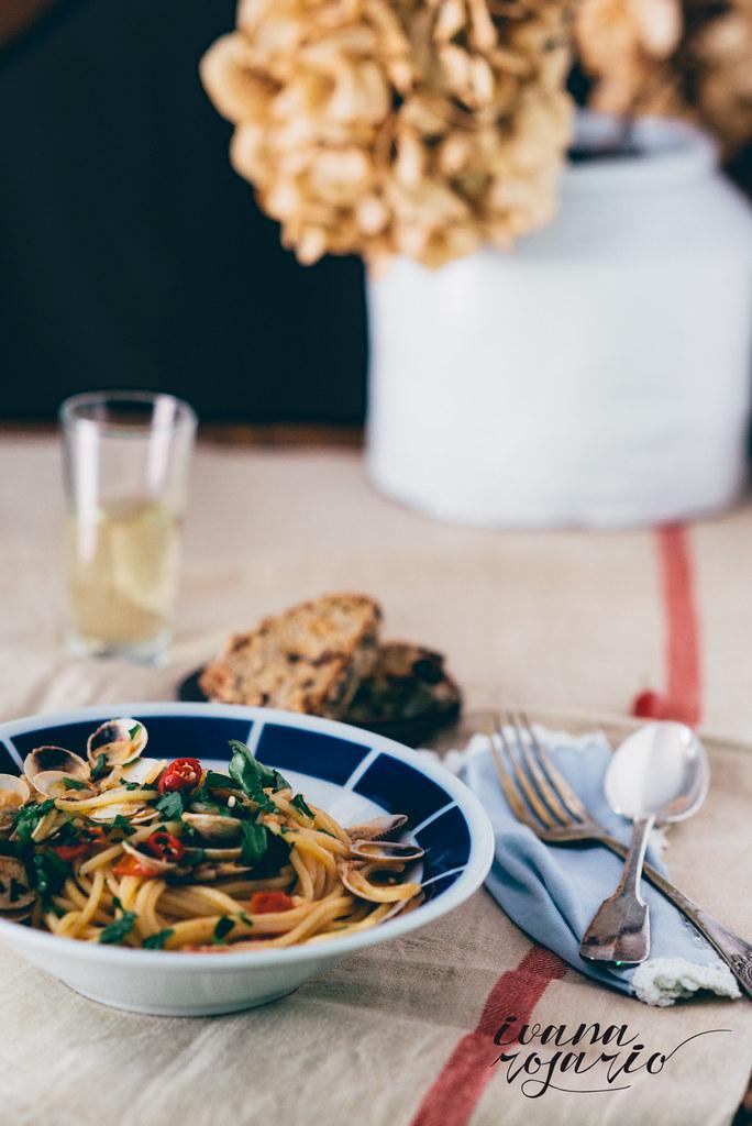 Espaguetis con almejas – Spaghetti alle vongole