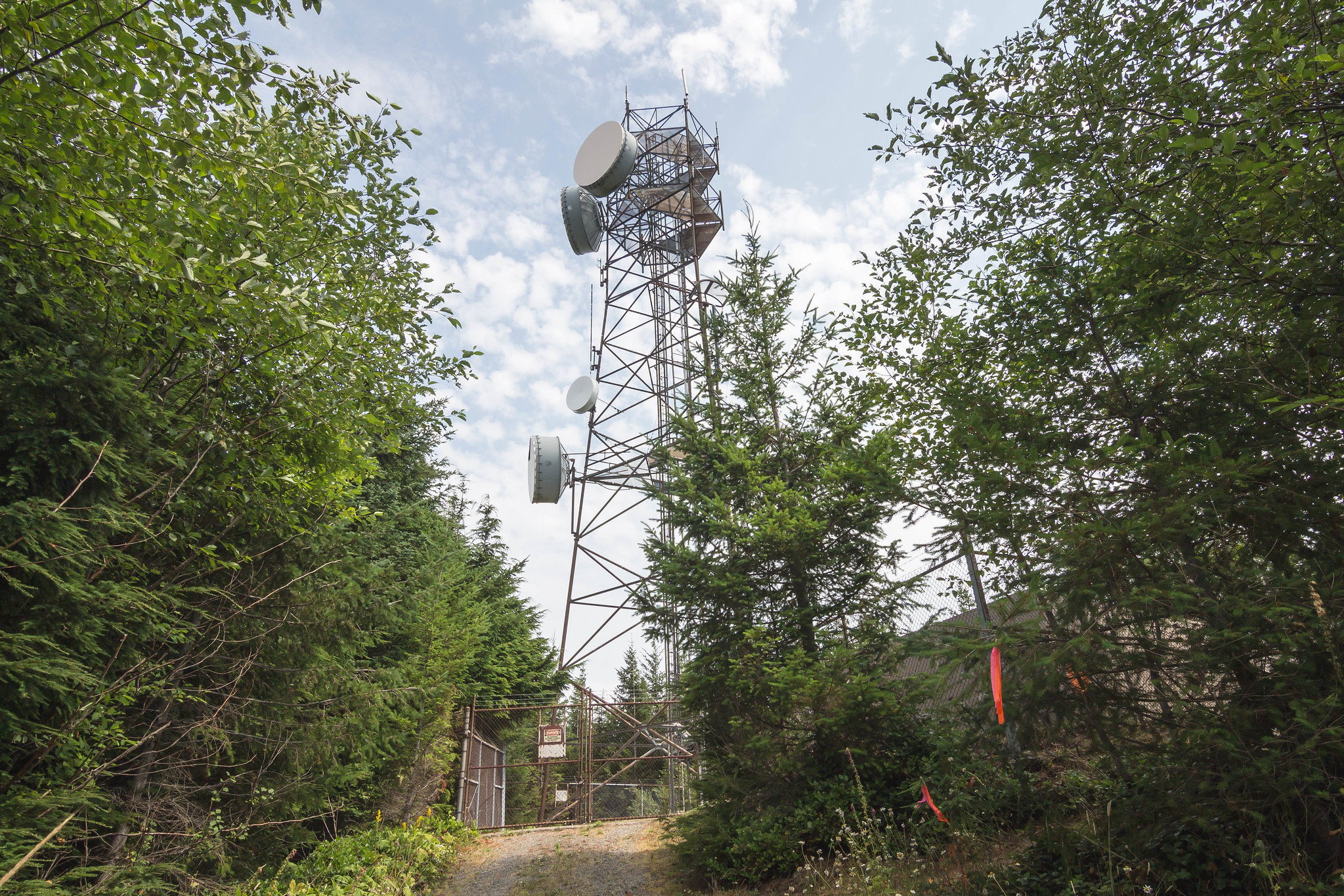 Radio facility on West Tiger #2