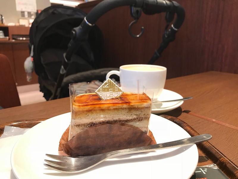 ポンテポルタ千住の上島珈琲店