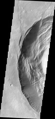 Fault-driven collapse on Pavonis Mons (THEMIS_IOTD_20171108)