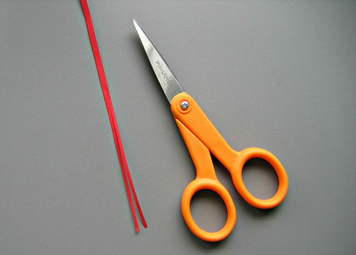 Red Quiling Paper and Detail Scissors