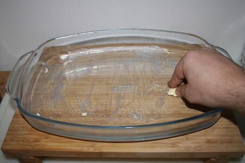 50 - Auflaufform ausfetten / Grease casserole