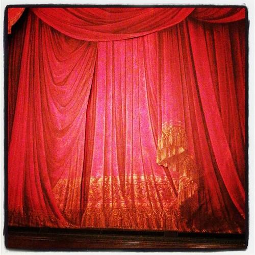 Så var man här igen. Dracula, denna gång. Opera, alltså. Ska bli roligt!