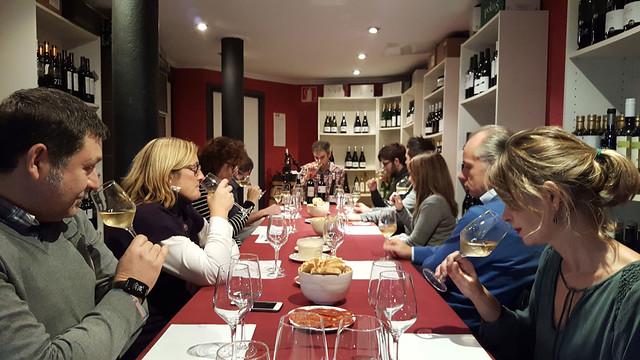 16/11/2017 - Deusto Alumni Experience. Cata de vinos blancos y tintos 2017
