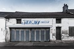 Garage rue de la République - Désertification - Photo of Navilly