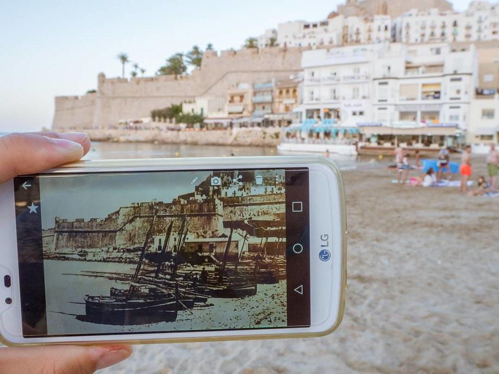 Past and present in Peñíscola. #pastandpresent #peñiscola #peñiscola #castellón #olympusomd10markii #Olympus #summer2017 #travelphoto #photography #beach #playanorte #costadelazahar #castillo #castle