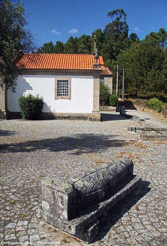 Adro da Igreja Matriz de Serrazes - Portugal 🇵🇹
