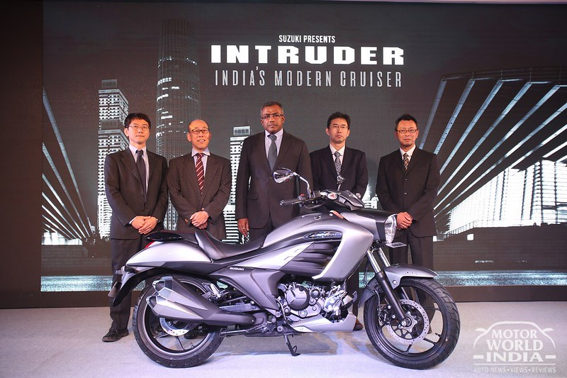 Suzuki-Intruder-Launch