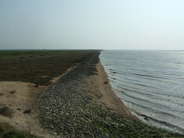 The sea wall near Burnham-on-Crouch
