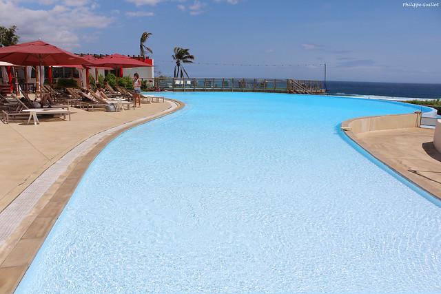 La piscine de l'hôtel Akoya