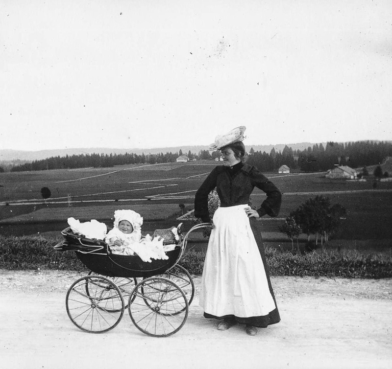 1910. A pram ride in the French countryside