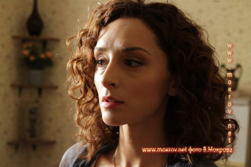 Актриса Юлия Майборода - Света в телесериале «Карпов. Сезон третий».
