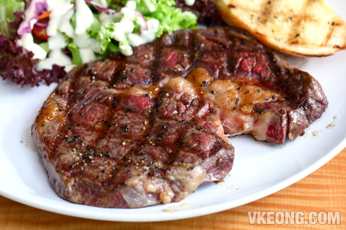 Las-Vacas-Ribeye-Steak