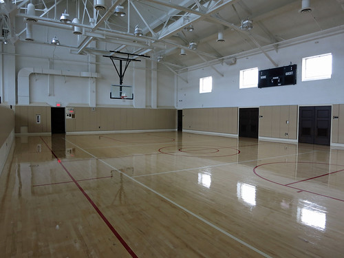 Basketball Court at Bob Hope Patriotic Hall (4207)