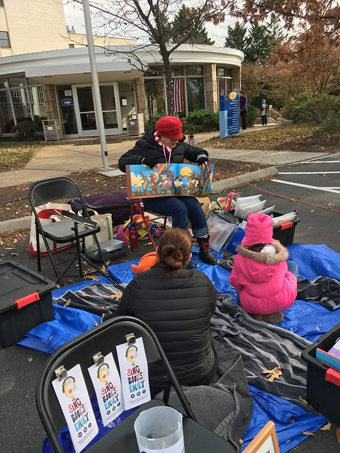 A scene from ALL GOD'S CRITTERS GOT A PLACE IN THE CHOIR, 11/18/2017, Marymount Farmers Market SING BOOKS WITH EMILY